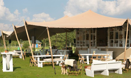 Mooie afrikaanse canvas stretchtent voor thuis BBQ barbecue